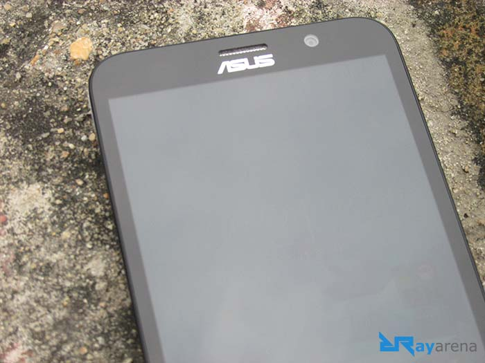 Asus Zenfone 2 Deluxe display