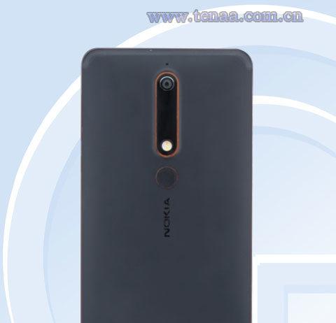 Nokia 6-(2018)-backside-view