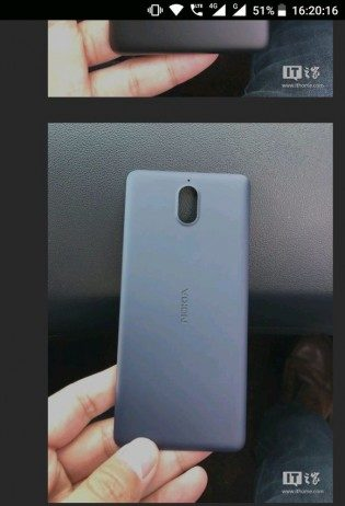 Nokia-1-smartphone-real-image-surfaces